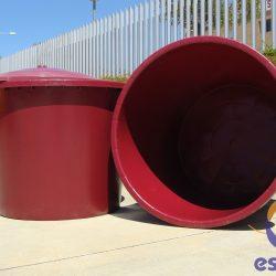 depósito de plástico para vino